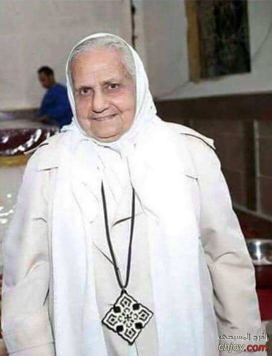تاسوني انجيل زوجة القديس المعاصر ابونا بيشوى كامل فى احضان المسيح