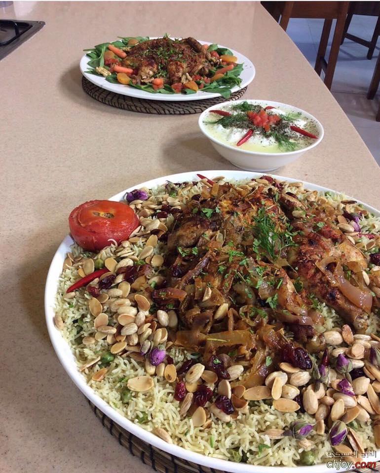 دجاج مشوي بالفرن بتتبيلة شرائح البصل والثوم 🍴
