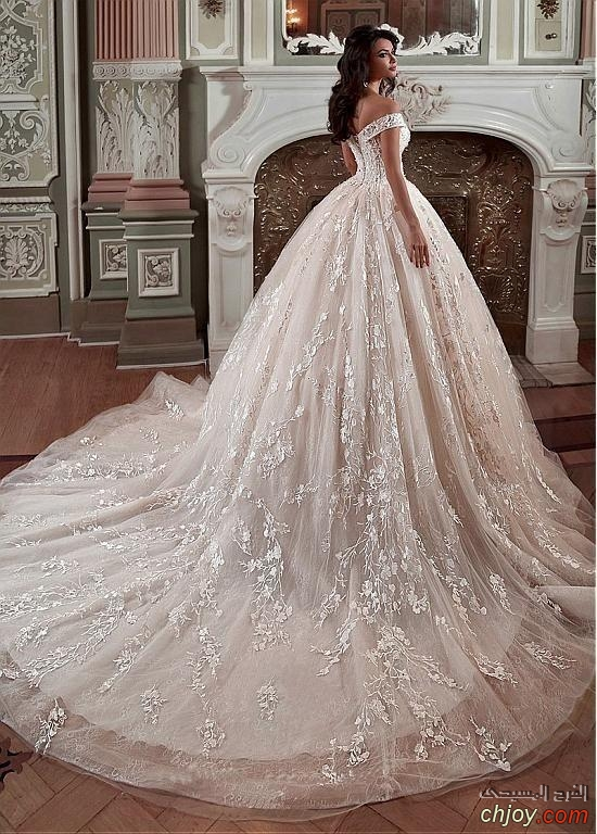 فساتين زفاف فخمة من حكايات الخيال