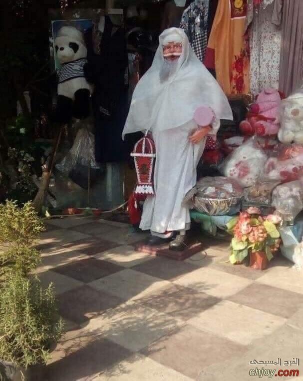 الحاج بابا نويل يهنئكم بحلول الكريسماس الكريم