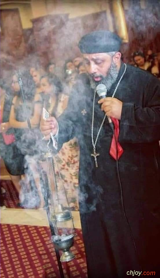 يعز علينا ان نزف الي السماء أبينا المحبوب القس بولا رأفت